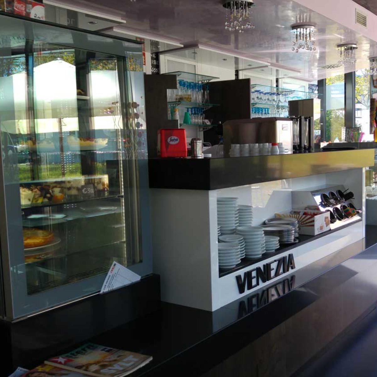 Bar ice-cream shop